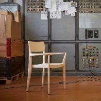 H/05 Hexagonal-Stuhl schindlersalmerón